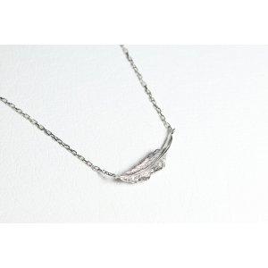 画像2: ミニマムフェザーネックレス |プラチナ×ダイヤモンド|