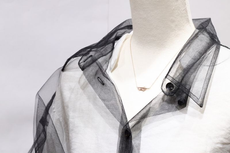 トルソー着用・クラシックフェザー(XS)ネックレス|K10YG